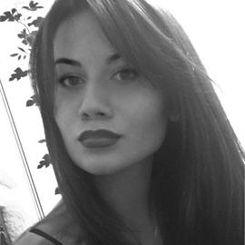 Асия Айсина