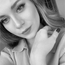 Полина Ларионова