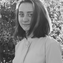 Алина Гнеденкова
