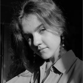 Вероника Михайлова