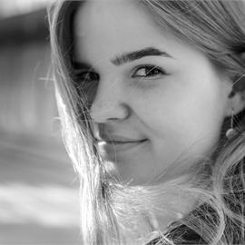 Яна Сашкина